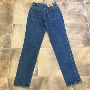 VTG Levi's High Rise Orange tab Blue Wash Jeans 28
